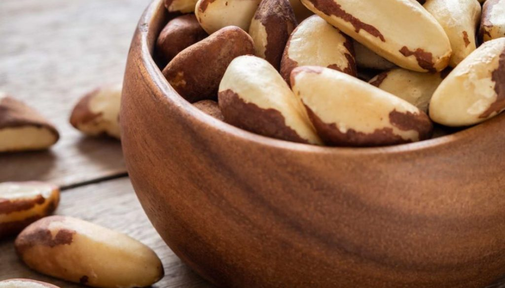 Foods that Aggravate Hair Loss & Lead to Toxicity