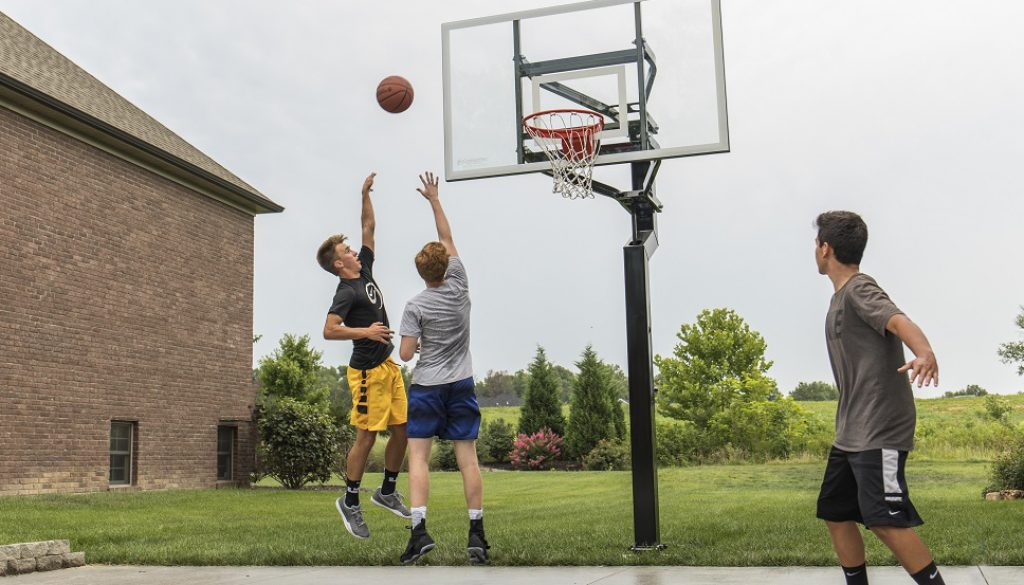 Basketball Goals – Information to Help you Buy the Best Possible Hoop for you and Your Family
