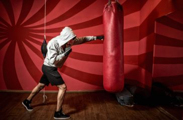 Men's Health TV: Throw The Perfect Punch